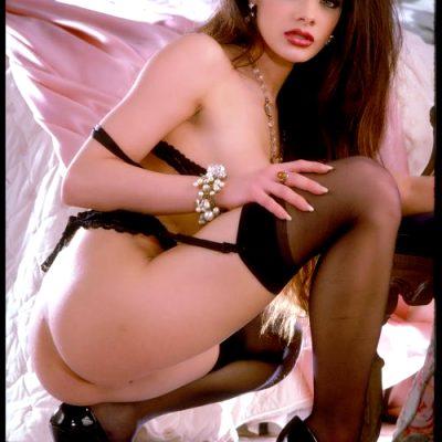 Brooke Dazzles In Black Lingerie And Heels – Set Three