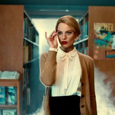 Margot Robbie Teasing