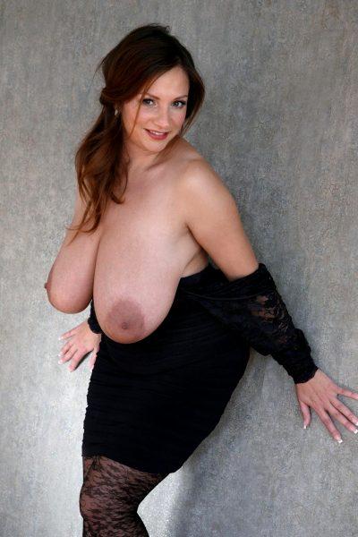 huge-fucking-tits_003-148