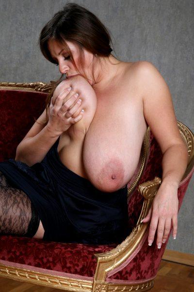huge-fucking-tits_005-148
