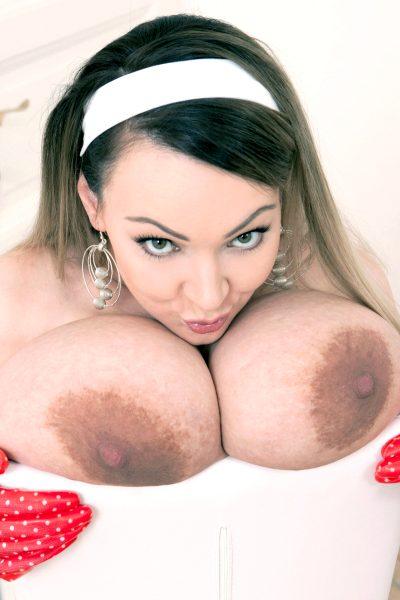 huge-fucking-tits_010-19