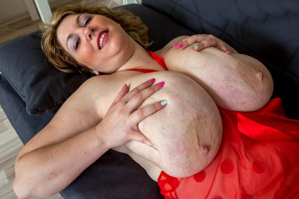 huge-fat-fucking-tits_005-116