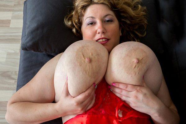 huge-fat-fucking-tits_009-113