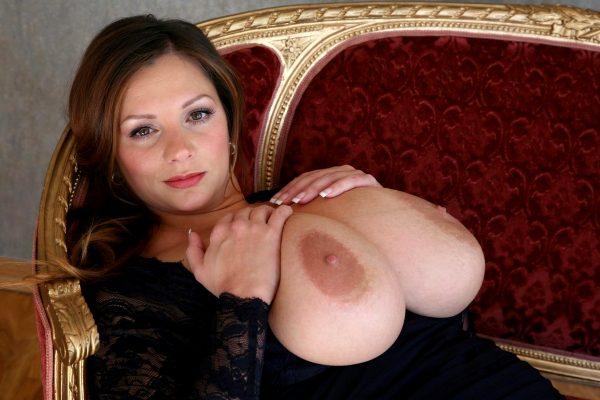 huge-fucking-tits_002-148